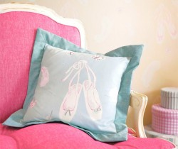 18-ballet shoes cushion