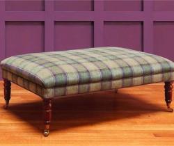 3_Zoffany_Tavistock-footstool