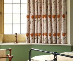 _0010_Garden_Tulip_Curtain